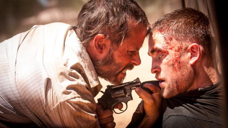 The Rover: Guy Pearce e Robert Pattinson in un'intensa scena