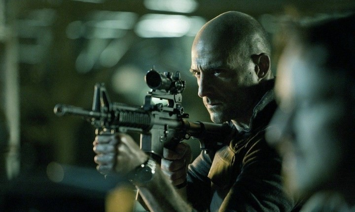 Welcome to the Punch: Mark Strong in una sequenza