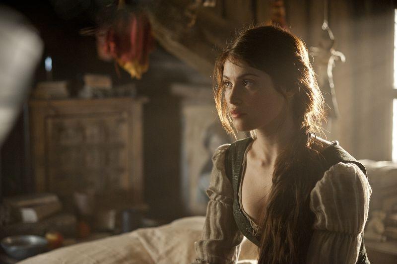 Gemma Arterton in Hansel & Gretel - Cacciatori di streghe