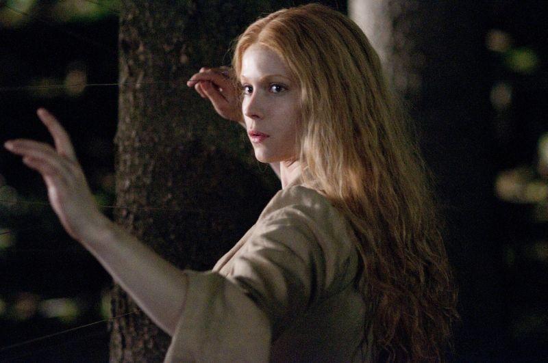 Pihla Viitala nei panni di Mina in Hansel & Gretel - Cacciatori di streghe