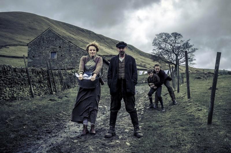 The Village: un'immagine della serie