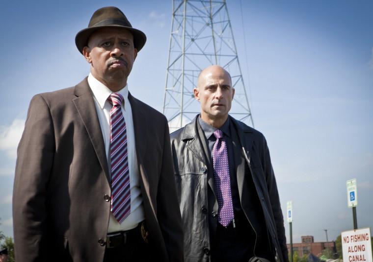 Low Winter Sun: Ruben Santiago-Hudson e Mark Strong nel pilot della serie