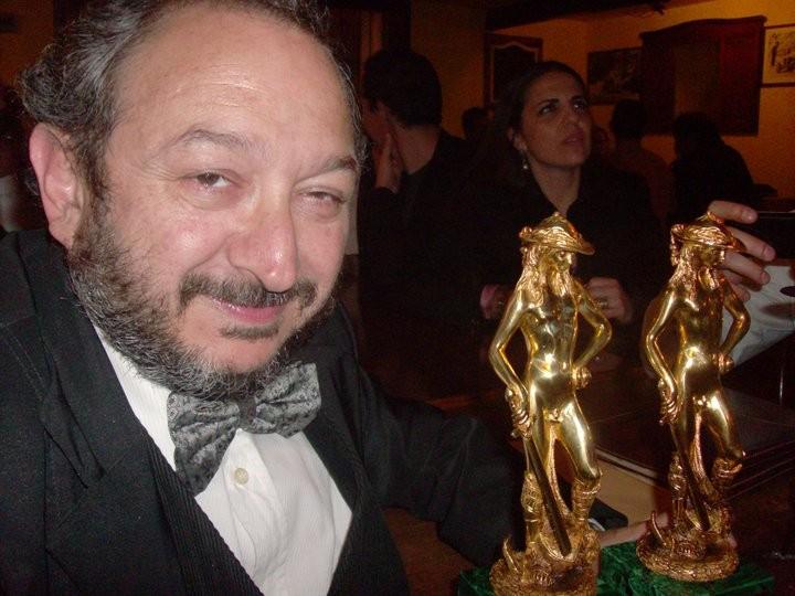 Orfeo Orlando con i David di Donatello 2010 vinti dal film L'uomo che verrà di G.Diritti