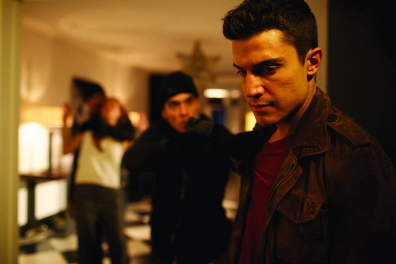 Alex Gonzalez in Combustión: una scena del film