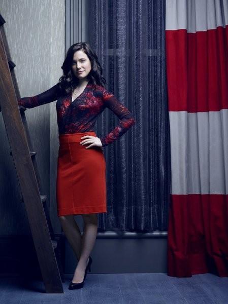 Hannibal: Caroline Dhavernas in una foto promozionale