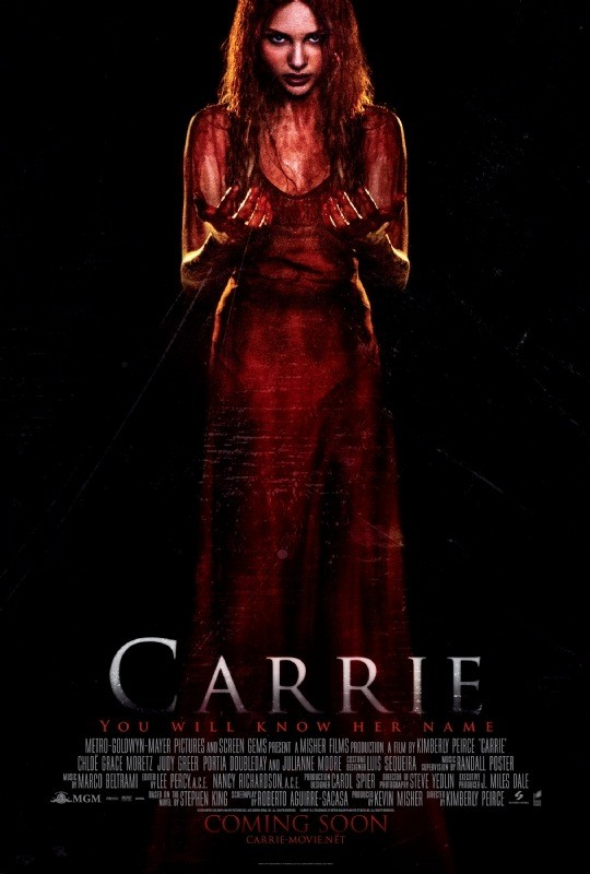 Carrie: il poster inglese