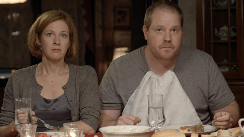 The Happy House: Kathleen McNenny and Mike Houston in una scena