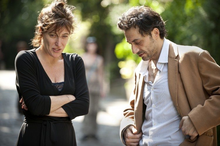 A Castle in Italy: Valeria Bruni Tedeschi insieme a Filippo Timi in una scena