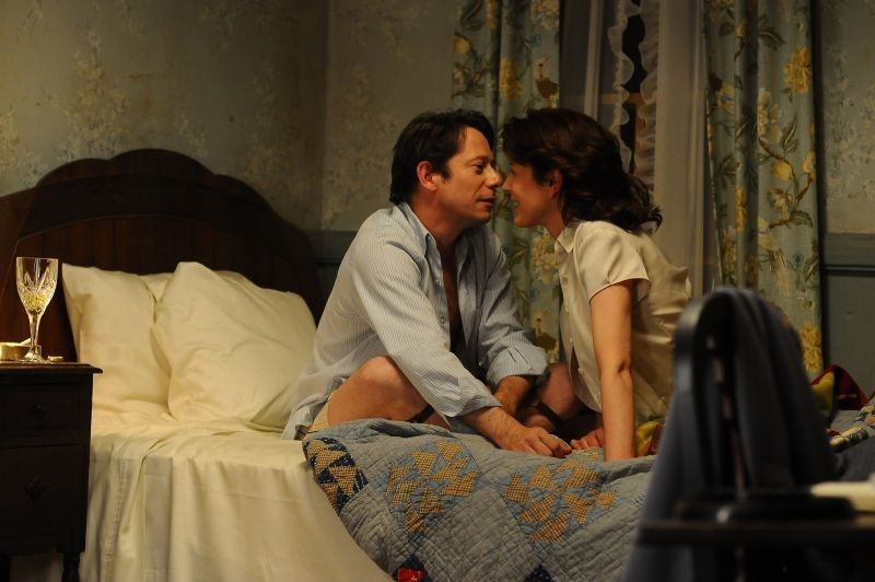 Jimmy P. (Psychotherapy of a Plains Indian) : Mathieu Amalric in una scena del film con Gina McKee