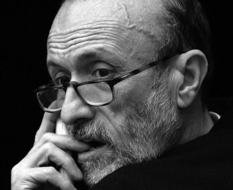 Slow Food Story: Carlo Petrini in una scena