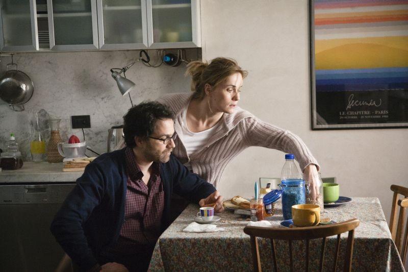 Una mamma imperfetta: Lucia Mascino e Fausto Maria Sciarappa alle prese con la colazione