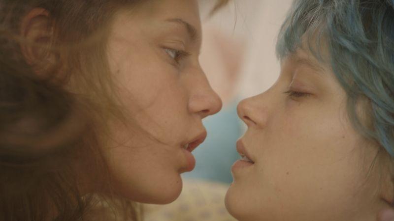 La vie d'Adele: Léa Seydoux e Adèle Exarchopoulos in una scena del film
