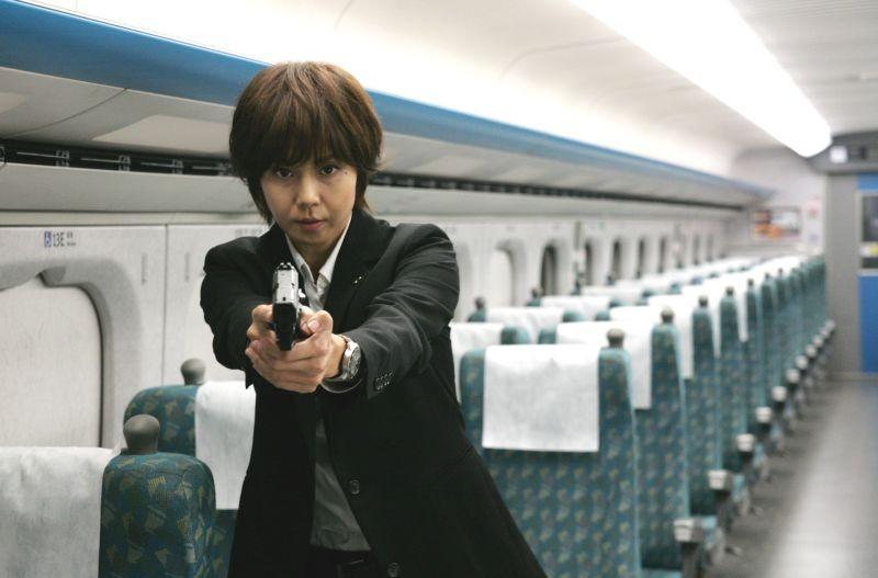 Shield of Straw: Nanako Matsushima in una scena