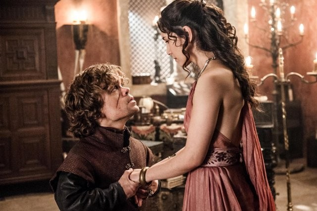 Game of Thrones: Peter Dinklage e Sibel Kekilli nell'episodio The Bear and the Maiden Fair