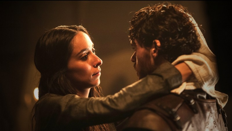 Game of Thrones: Richard Madden e Oona Chaplin nell'episodio The Bear and the Maiden Fair