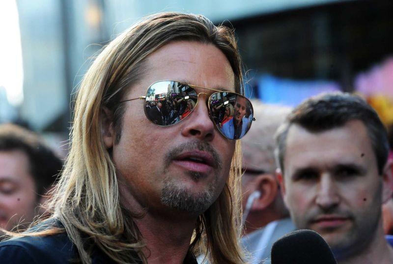 Brad Pitt intervistato sul red carpet della premiere londinese di World War Z