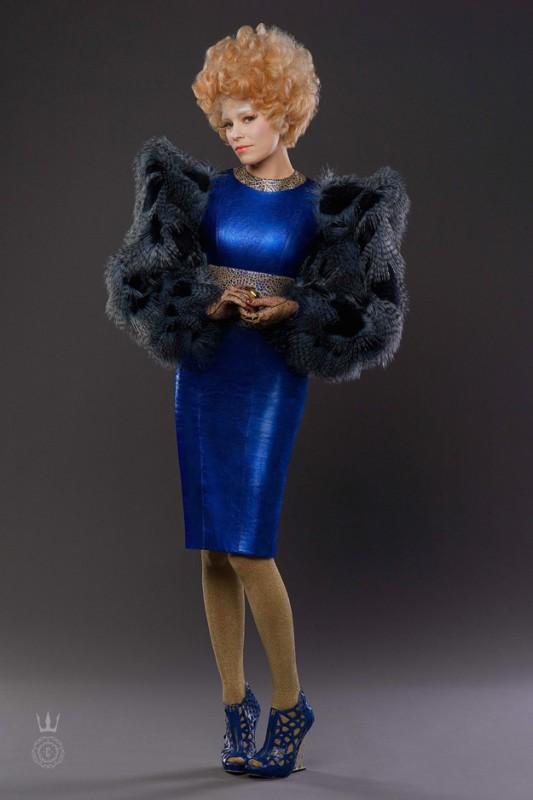 Hunger Games: la ragazza di fuoco: Effie Trinket (Elizabeth Banks) sulla copertina di Capitol Couture