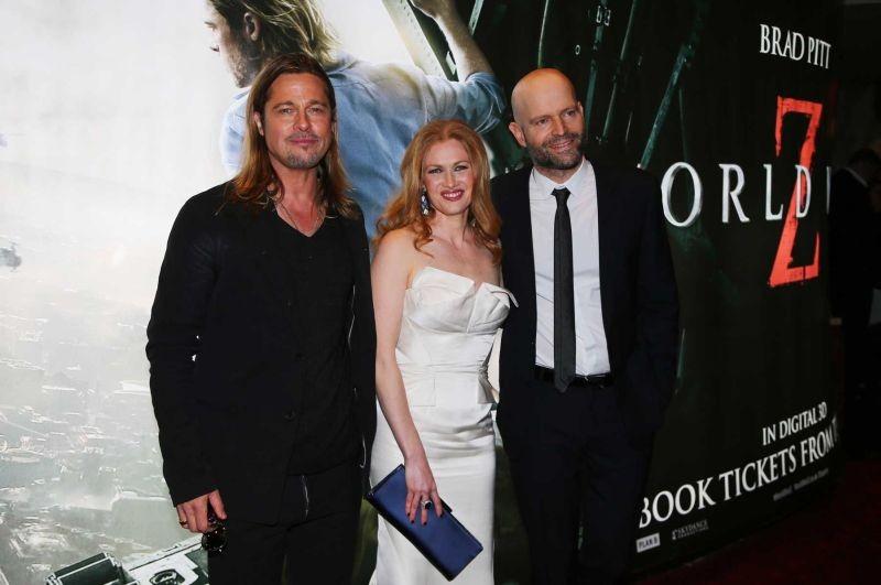 Marc Forster con Mireille Enos e Brad Pitt sul red carpet della premiere londinese di World War Z