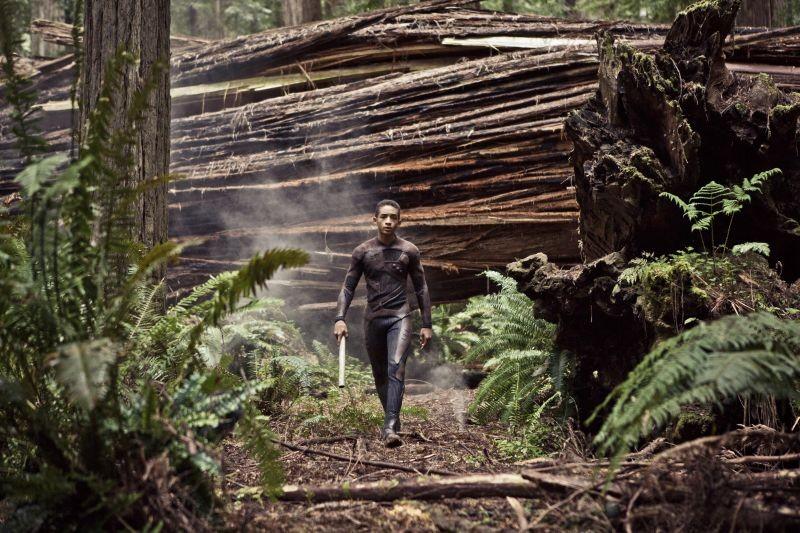 Jaden Smith in un'immagine tratta dal post apocalittico After Earth - Dopo la fine del mondo