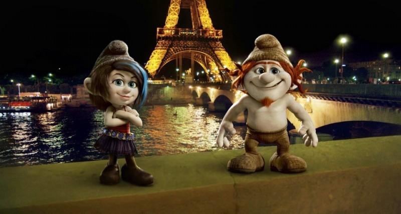 I Puffi 2: Pestifera e Frullo a Parigi in un'immagine del film