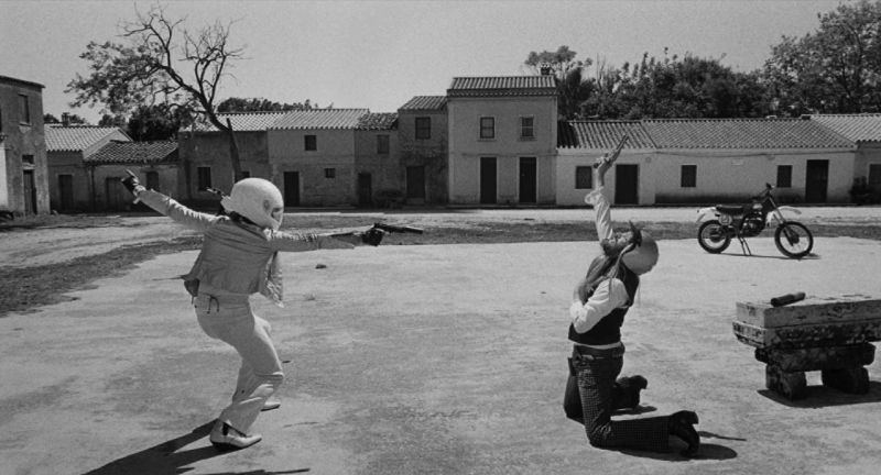 La leggenda di Kaspar Hauser: Vincent Gallo in una scena di duello del film