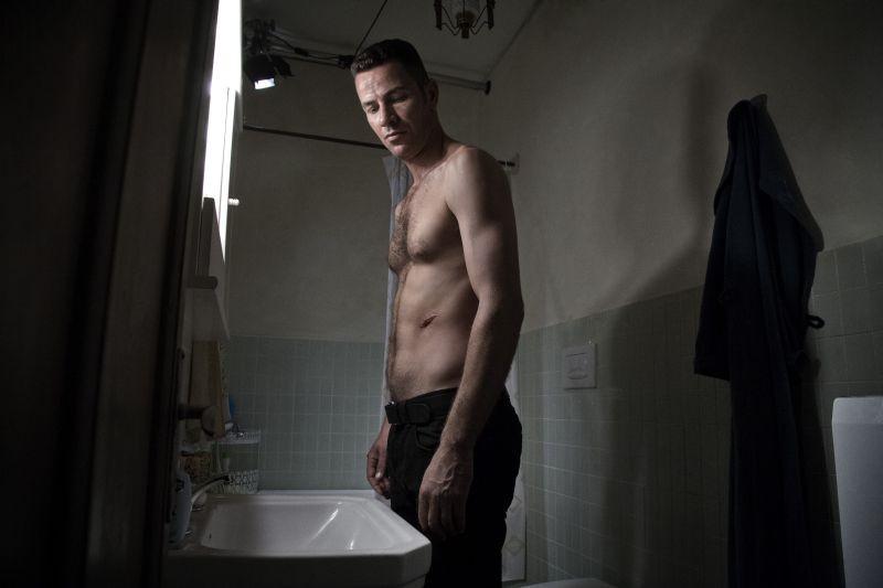 Salvo: il protagonista Saleh Bakri in un'immagine tratta dal film