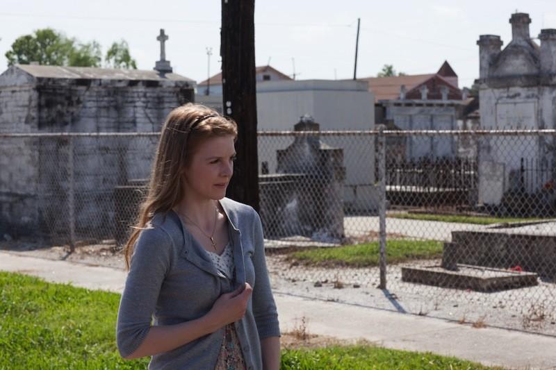 The Last Exorcism 2: la protagonista Ashley Bell in una scena del film