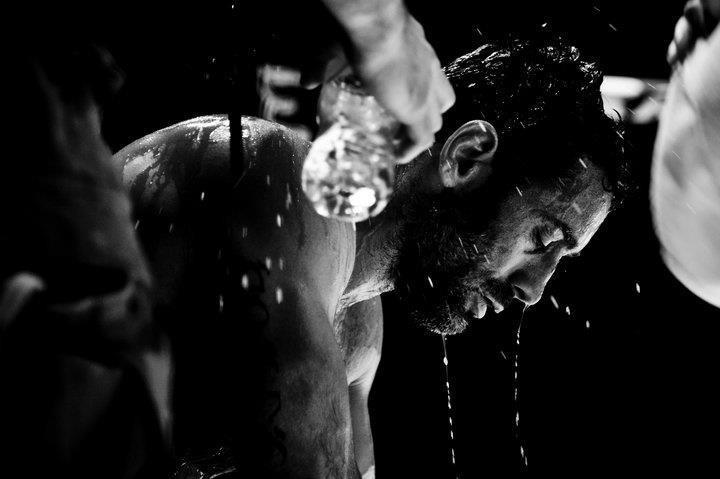 'Iron Mike' Verginelli in una scena di Rabbia in pugno.