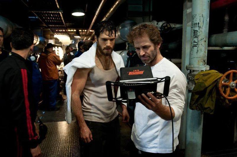 L'uomo d'acciaio: Henry Cavill e Zack Snyder sul set