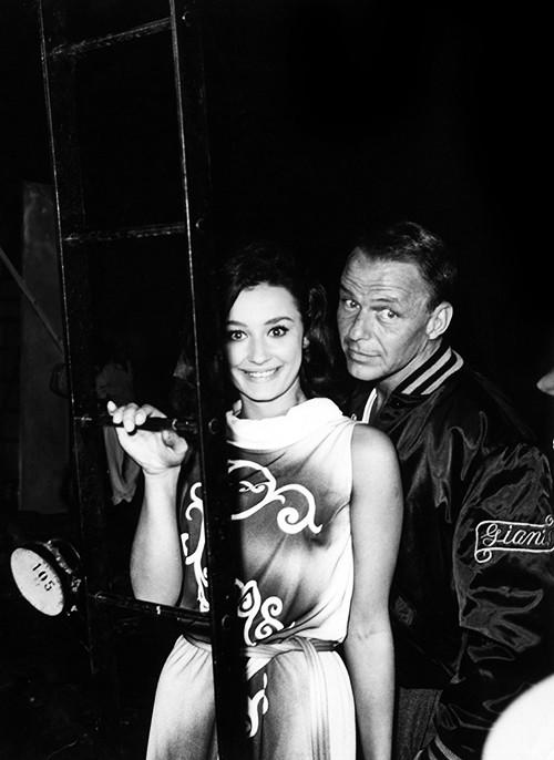 Raffaella Carrà con Frank Sinatra nel periodo delle riprese de Il colonnello Von Ryan