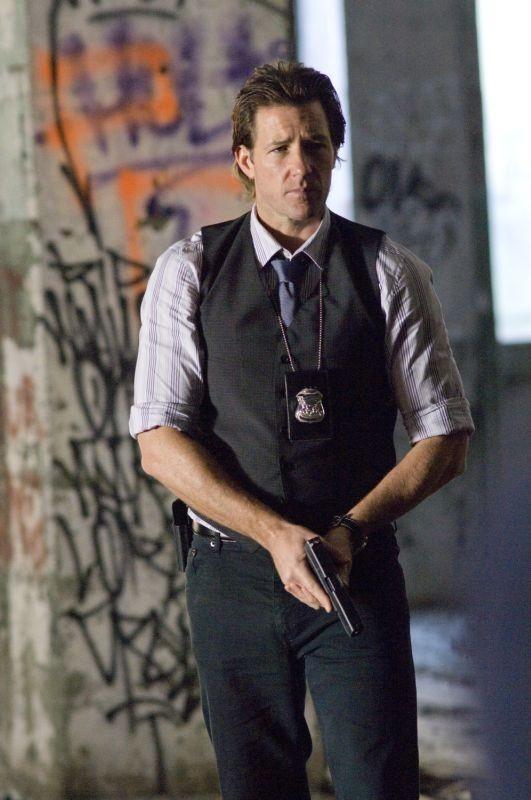 Edward Burns in una scena del poliziesco Alex Cross nei panni di Thomas Kane