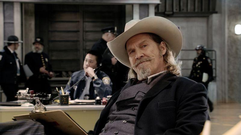 R.I.P.D. poliziotti dall'aldilà: Jeff Bridges, nei panni del poliziotto non morto Roy Pulsipher, in una scena