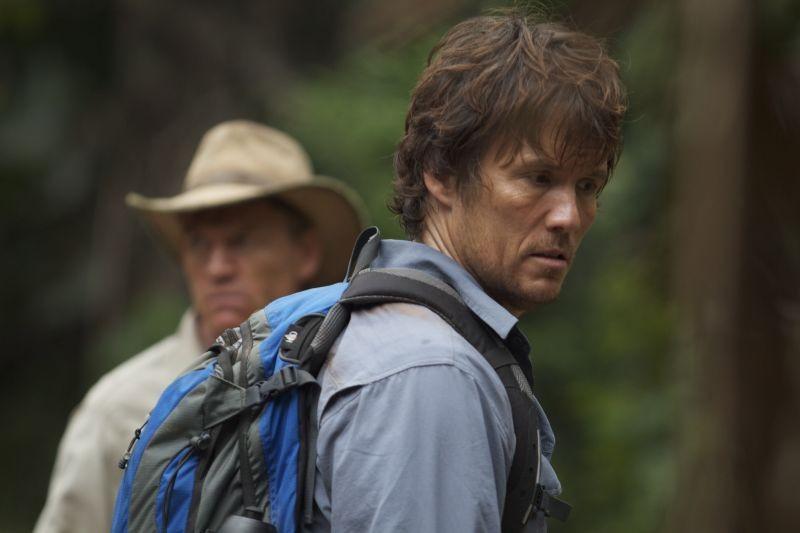 The Lost Dinosaurs: Peter Brooke in una scena