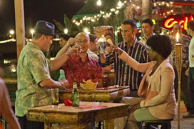 Dexter: Desmond Harrington, David Zayas e Angie Miller nell'episodio Every Silver Lining