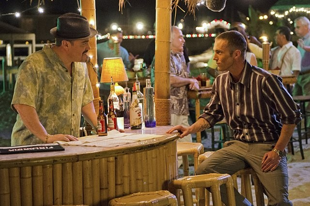 Dexter: Desmond Harrington e David Zayas nell'episodio Every Silver Lining