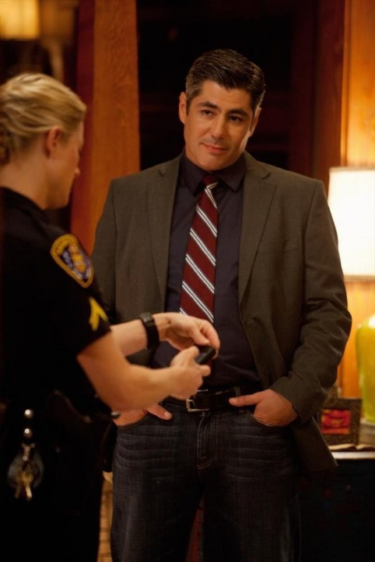The Fosters: Danny Nucci in una scena della serie