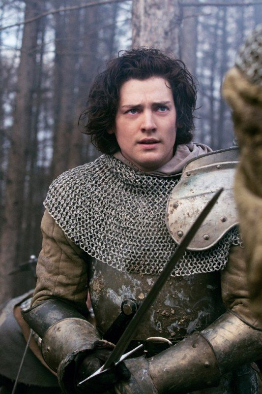 The White Queen: Aneurin Barnard in una scena della serie