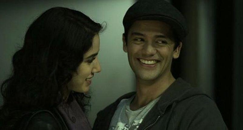 Crew2Crew - A un passo dal sogno: Andres Londono e Jeannine Kaspar in una scena del film