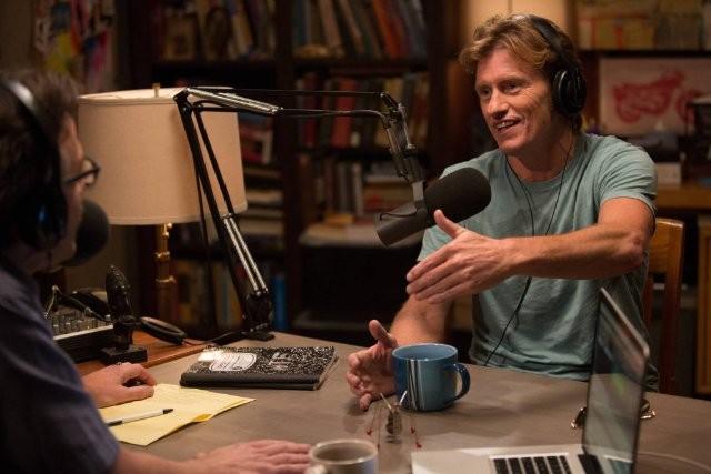 Maron: Denis Leary in una scena della serie