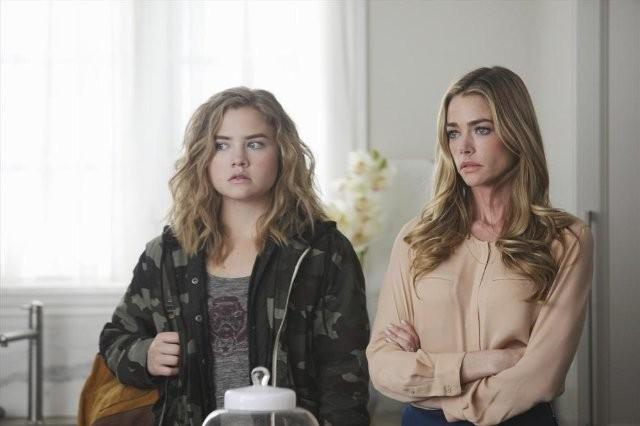 Twisted: Denise Richards e Maddie Hasson nel pilot della serie