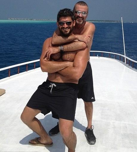 George Michael con il fidanzato Fadi Fawaz