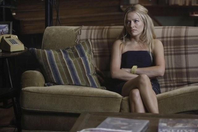The Goodwin Games: Becki Newton in una scena dell'episodio Welcome Home, Goodwins