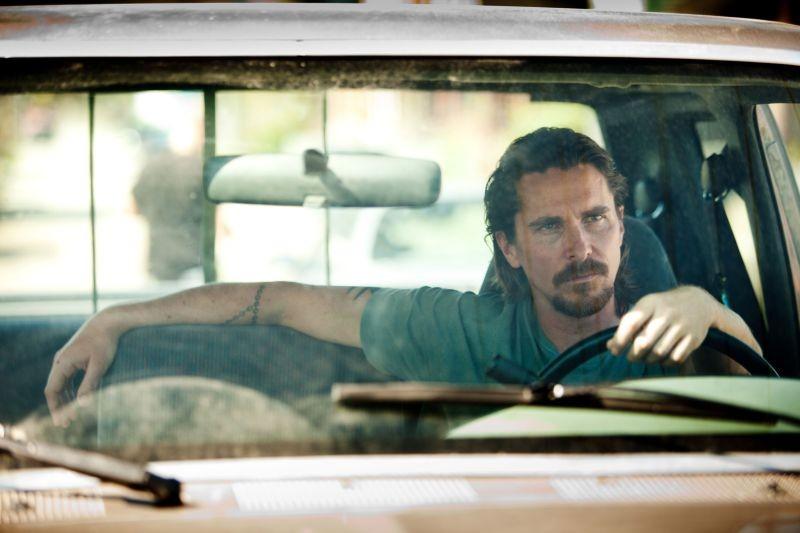 Out of the Furnace: Christian Bale alla guida del suo furgone
