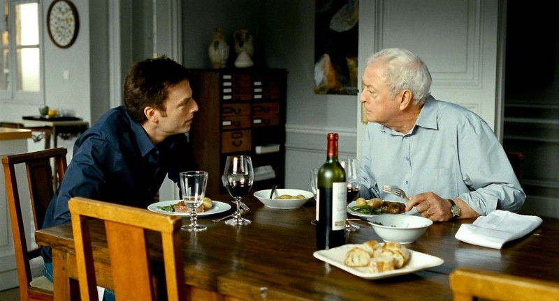 Mr. Morgan's Last Love: Michael Caine e Justin Kirk in una scena