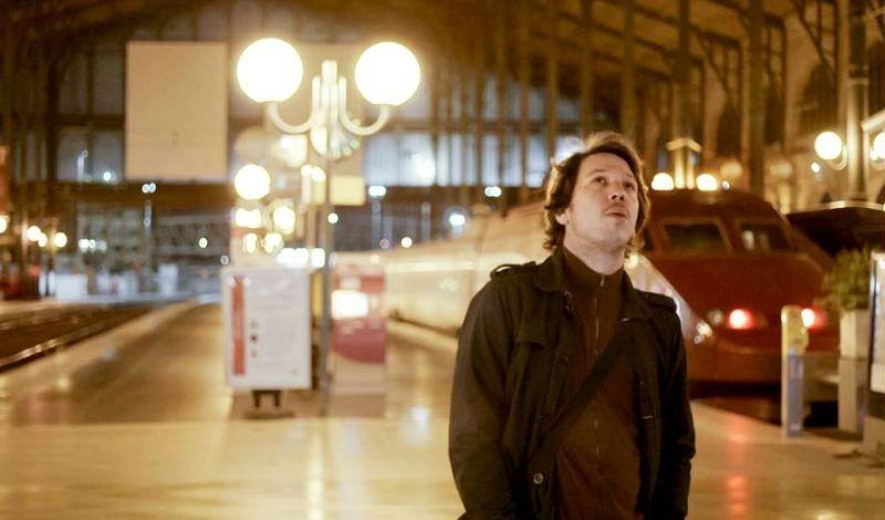 Gare du nord: Reda Kateb in una scena del film