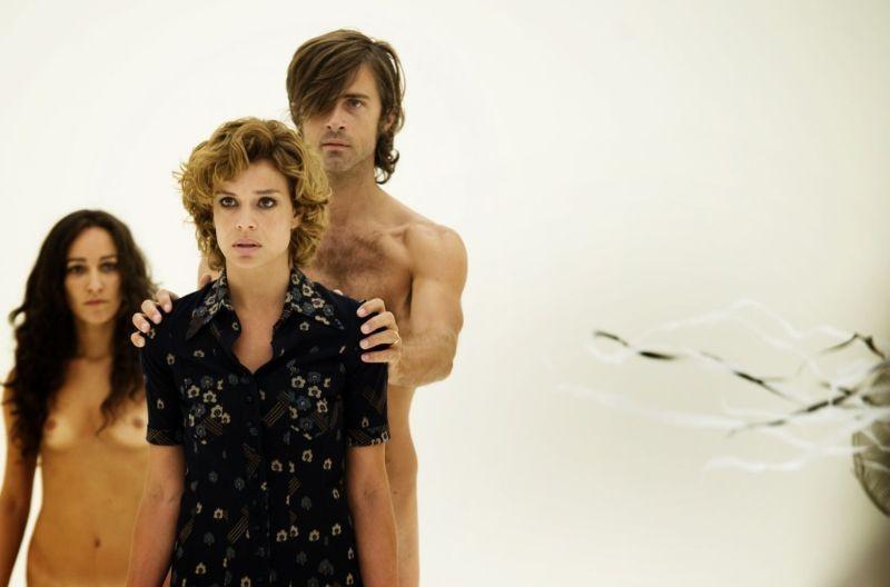 Anni felici: Kim Rossi Stuart e Micaela Ramazzotti in una drammatica scena