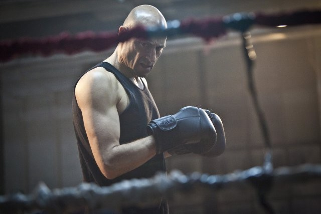 Low Winter Sun: Mark Strong nell'episodio No Rounds