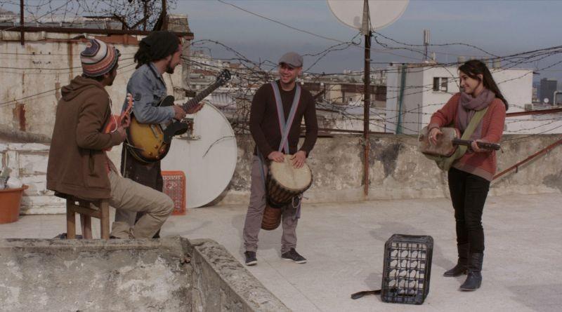 The Rooftops: una scena