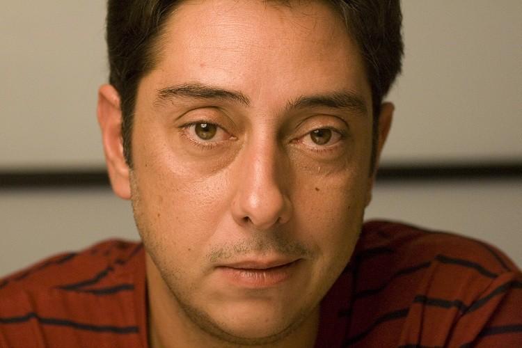 Il regista Miguel Gomes in una foto promozionale