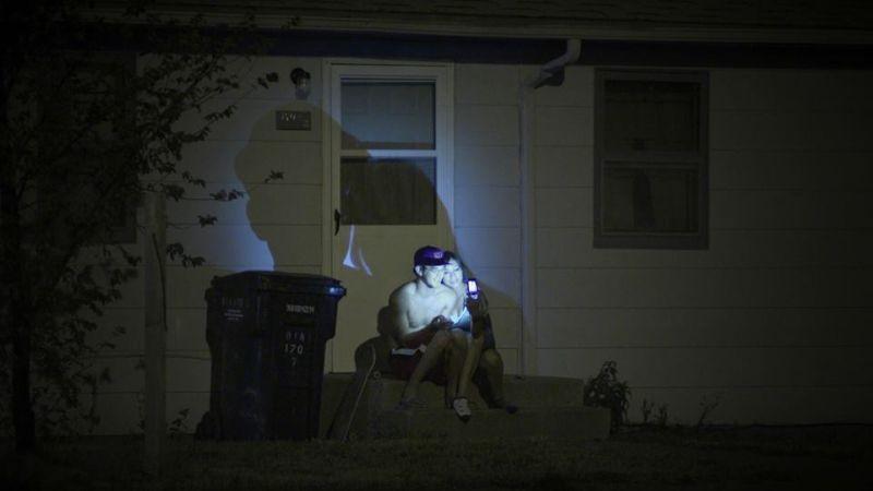Pine Ridge: una scena notturna tratta dal film